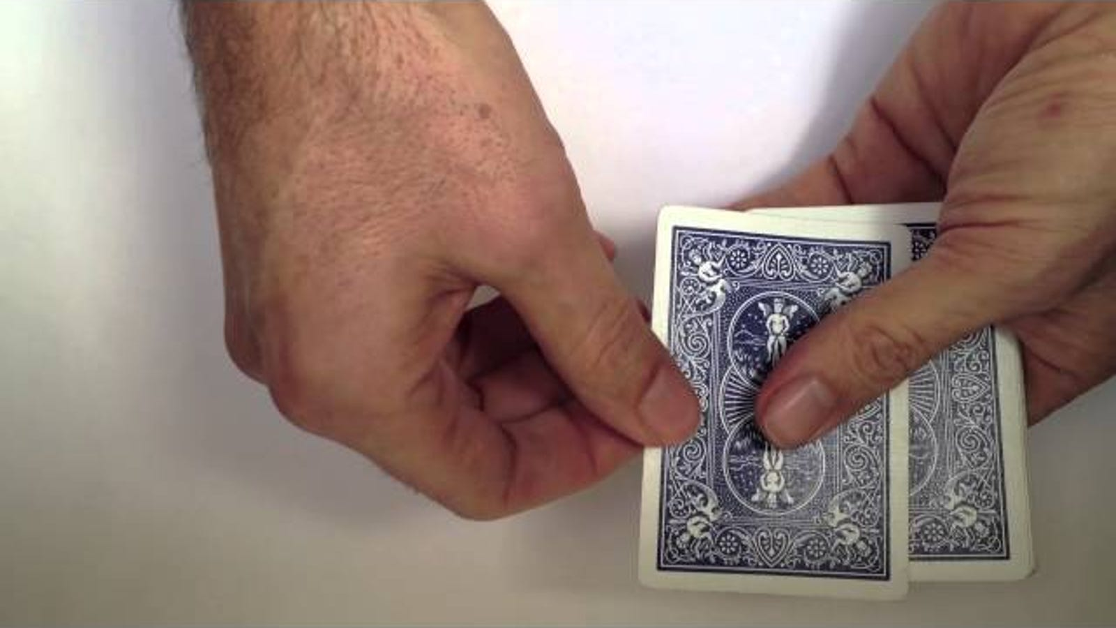 Here's a Simple Card Trick You Can Learn in a Minute