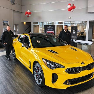 Illustration for article titled 400 Sunset Yellow Kia Stingers Are Landing in US Dealerships Right Now