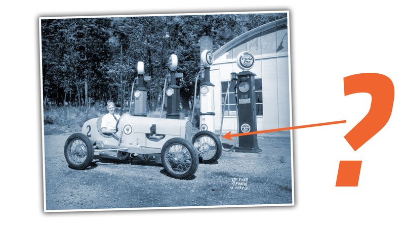 Illustration for article titled Let's Help a Reader Figure Out What This Old Family Race Car Is