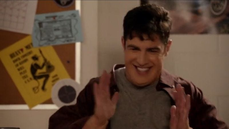"Illustration for article titled Max Greenfield donned the ""Fat Schmidt"" costume to lip-sync to Rihanna"