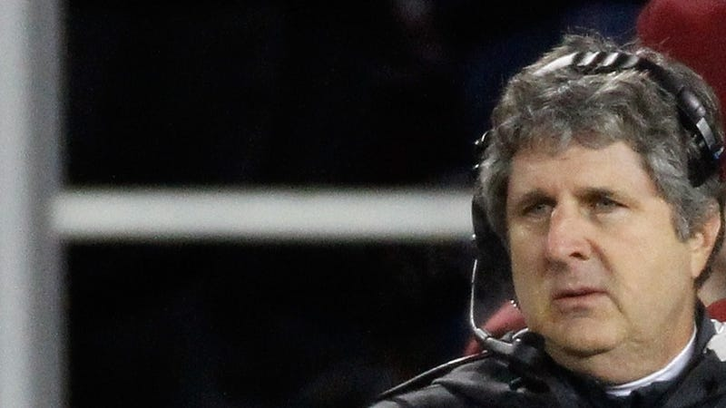 """Illustration for article titled """"It Is Totally Out Of Control"""": Here's The Letter That Started Washington State's Investigation Of Mike Leach [UPDATED]"""