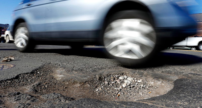 Illustration for article titled Attention SUV Drivers: Stop Avoiding Potholes