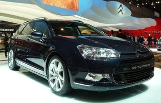 """Illustration for article titled Citroen C5 Touring Must Be French For """"Hard To Fold Seats"""""""