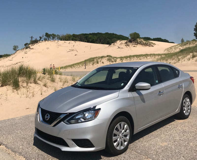 Illustration for article titled Crappy Car Reviews: One Week in a Rental-Spec Nissan Sentra