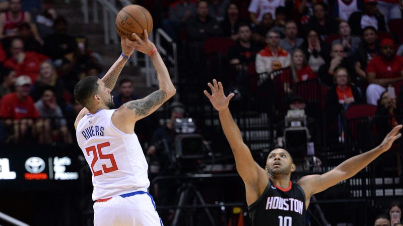Career night by Austin Rivers leads Clippers over Rockets 128-118
