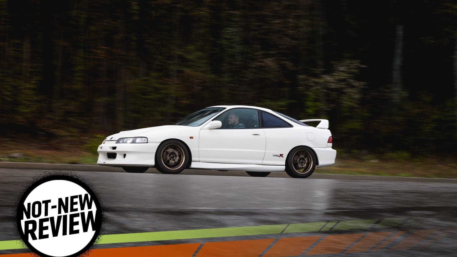how the acura integra type r makes modern sport compact. Black Bedroom Furniture Sets. Home Design Ideas