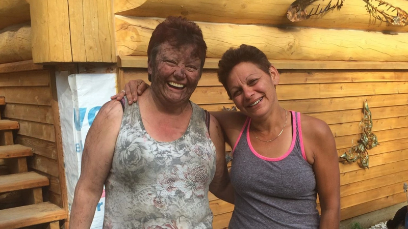 Joanne Barnaby (left, obviously) reunited with her friend, Tammy Cauldron. (Image: Courtesy Joanne Barnaby)