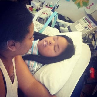Jahi McMath with her mother, Nailah WinkfieldKeep Jahi Mcmath on Life Support via Facebook
