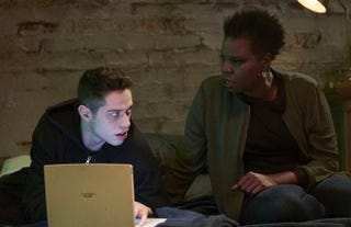 Pete Davidson and Leslie Jones in Saturday Night Live sketchScreenshot