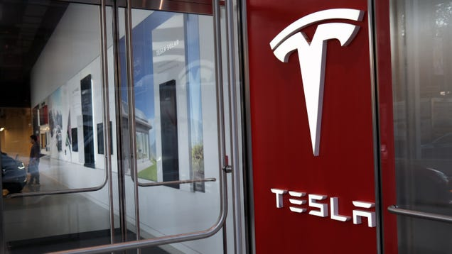 Tesla Very Nearly Hit Its Goal Of Delivering 500,000 Cars In 2020