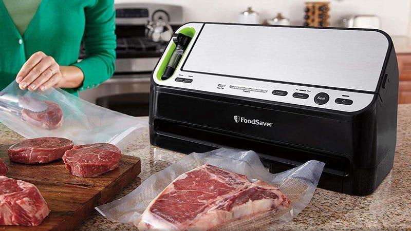 FoodSaver Vacuum Sealer Valentine's Deals | FoodSaver