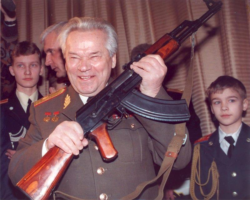 Illustration for article titled Elhunyt Mihail Kalasnyikov