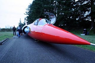 Illustration for article titled 800 Mph Jet Car Needs Just One Thing More: A Pilot