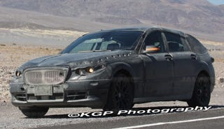 Illustration for article titled 2010 BMW V5 Spotted During Hot-Weather Testing