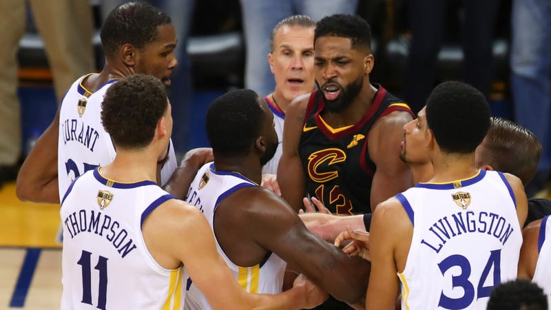 Illustration for article titled It Seems Like Draymond Green Truly Dislikes Tristan Thompson