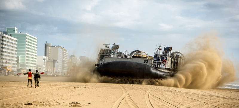 Hovercraft news videos reviews and gossip gizmodo navys landing craft air cushion 60 vehicle a special class of hovercraft arriving at virginia beach on may 29th for the 2015 patriotic festival solutioingenieria Image collections