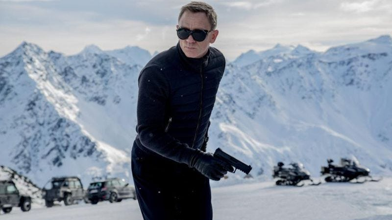Illustration for article titled The first official image from Spectre reveals that James Bond will be chilly
