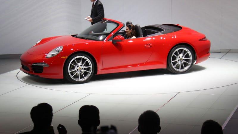 Illustration for article titled 2013 Porsche 911 Cabriolet: Detroit Auto Show Live Photos, Info