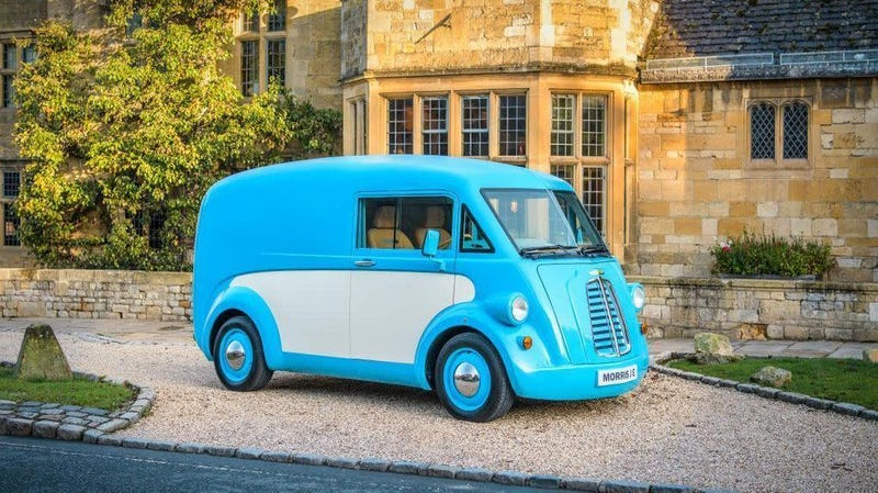 Illustration for article titled This Morris Is The Cutest Electric Commercial Van I've Ever Seen