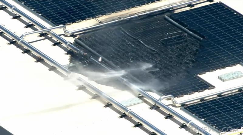 Illustration for article titled Apple Data Center Building In Mesa, Arizona Catches Fire