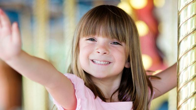 Illustration for article titled 5-Year-Old Feels Like She Just Wasted Whole Carousel Ride Waving To Dad