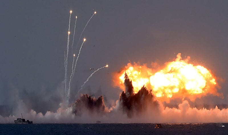 Russia's military jets and navy ships take part in a military exercise called Kavkaz (the Caucasus) 2016 at the coast of the Black Sea in Crimea on September 9, 2016.  / AFP / VASILY MAXIMOV/Getty Images