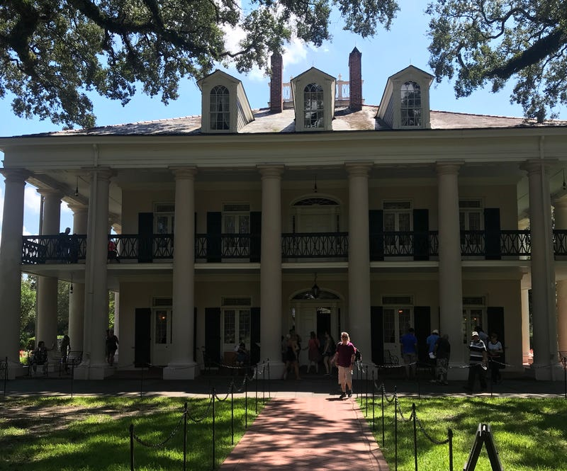 Illustration for article titled Who Would Have Thought Touring a Louisiana Plantation Was a Good Activity for a Bachelor Party Weekend?