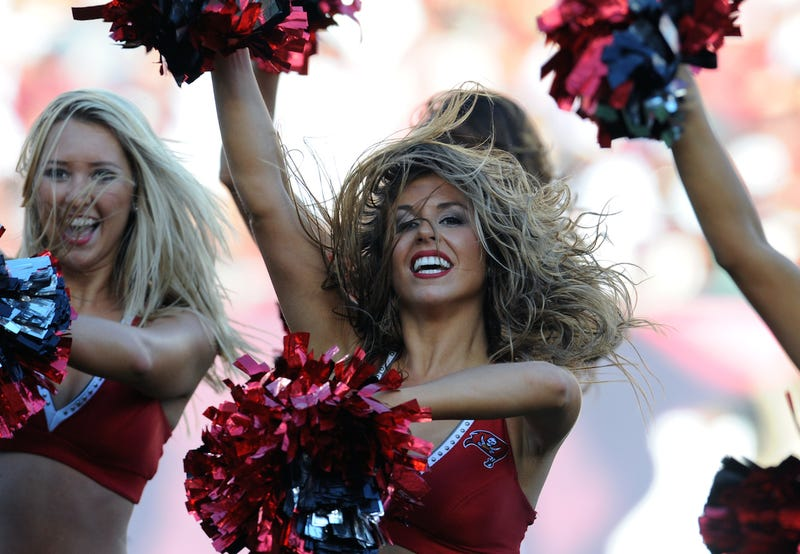 Illustration for article titled Tampa Bay Bucs Cheerleaders Win $825K Lawsuit Settlement Against Team