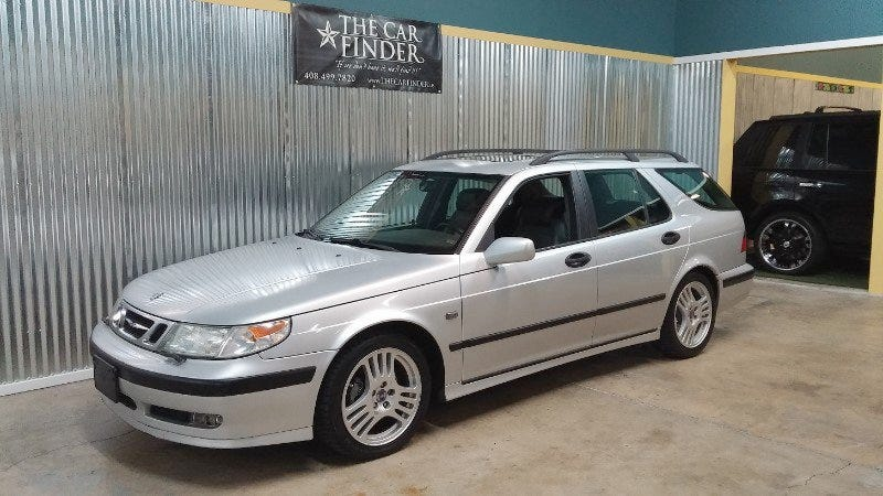 Illustration for article titled For $3,995, Would You Go For This 2000 Saab 95 Gary Fisher Edition Wagon?