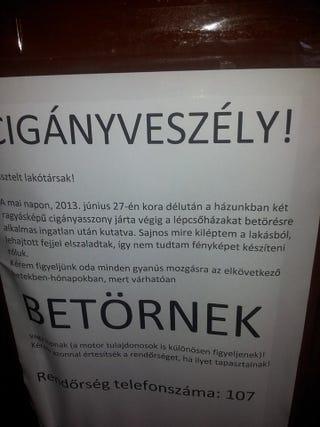 """Illustration for article titled """"Cigányveszély!"""" - kőkemény plakát egy pesti bérházból"""