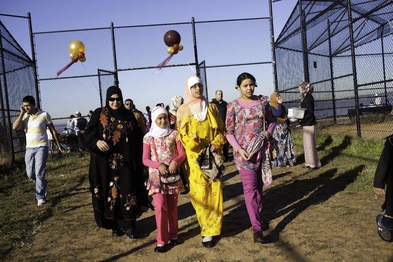 De Blasio Adds Two Muslim Holy Days to NYC Public School
