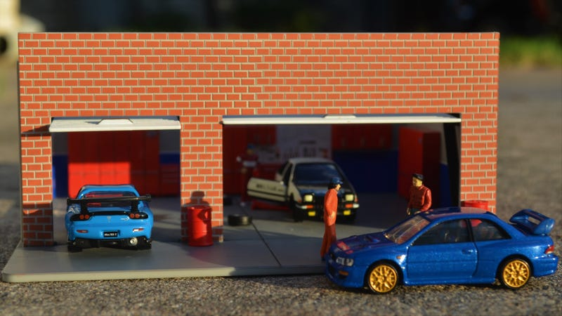 Illustration for article titled Land of The Rising Sunday: Tomica Premium