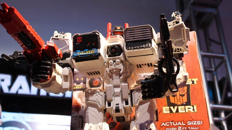 the biggest transformer ever made metroplex and all the new