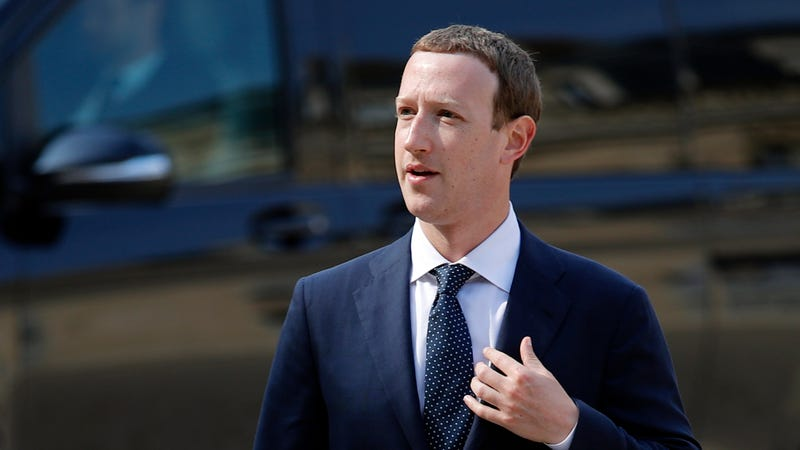 """Facebook's CEO Mark Zuckerberg, arrives to meet France's President Emmanuel Macron after the """"Tech for Good"""" Summit at the Elysee Palace in Paris, Wednesday, May 23, 2018."""