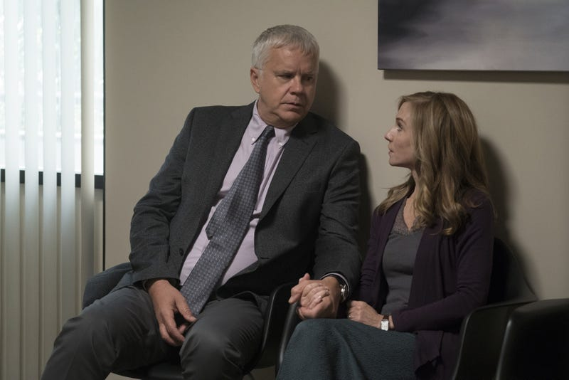 Tim Robbins, Holly Hunter (Photo: Ali Paige Goldstein/HBO)
