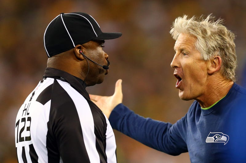 Illustration for article titled Pete Carroll Says The Refs Blew That Big Fumble Call