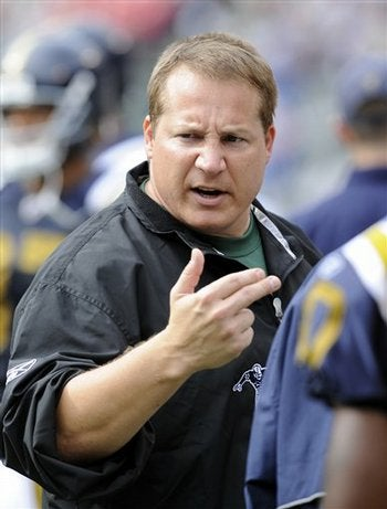 Illustration for article titled Eric Mangini Cares Not For Your Mural of Legends
