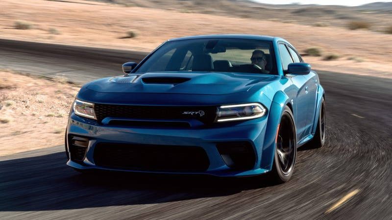 Illustration for article titled The Dodge Charger SRT Hellcat Widebody Is Here With Fender Flares and 707 HP