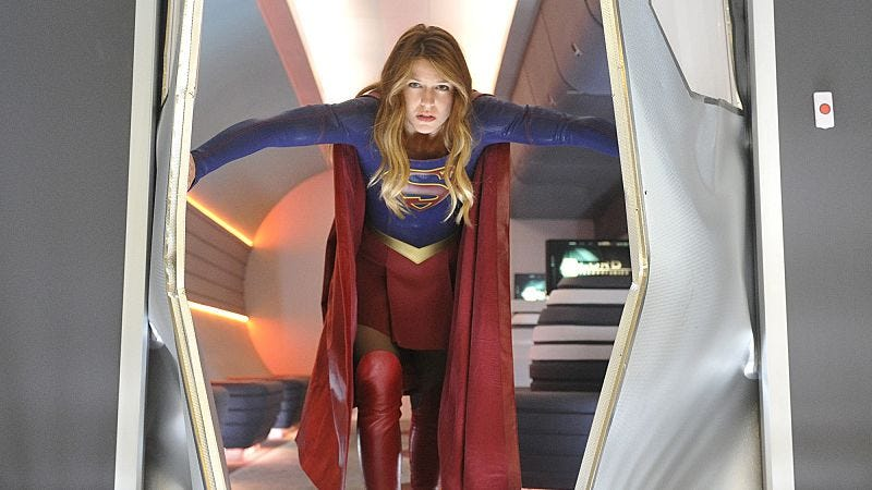 Illustration for article titled Supergirl gets dark in a thrilling final action sequence