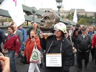 Illustration for article titled Mi volt a baj a Szolidaritás tüntetésével?