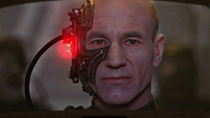 Illustration for article titled Read This: The Next Generation cast and crew reflect on Picard joining the Borg