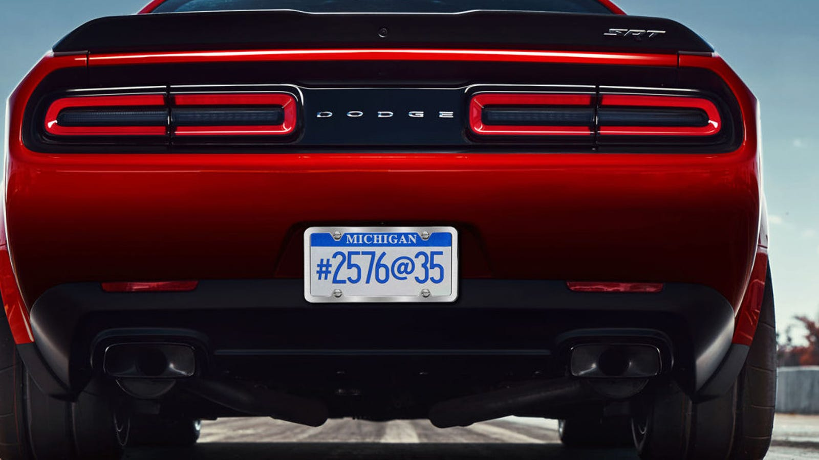 what does the dodge challenger srt demon 39 s mysterious license plate mean. Black Bedroom Furniture Sets. Home Design Ideas