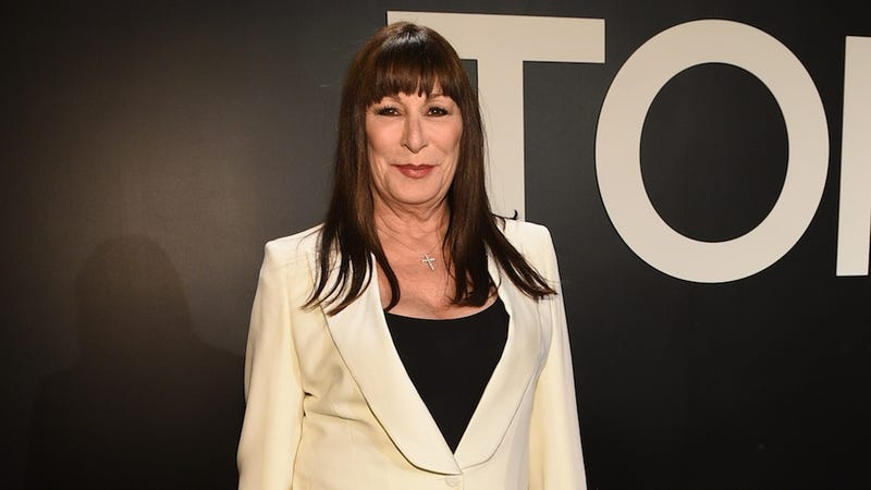 Illustration for article titled Angelica Huston Is Joining the Cast Of Transparent
