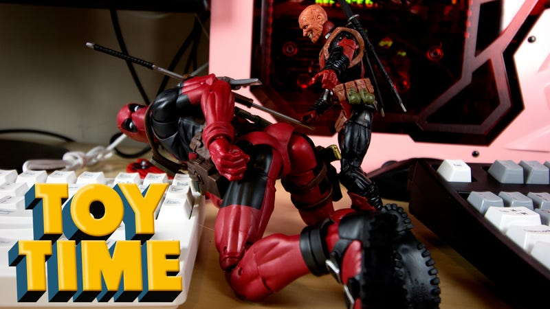 Illustration for article titled Deadpool Shows Off What Hasbro Can Do With 12 Inches