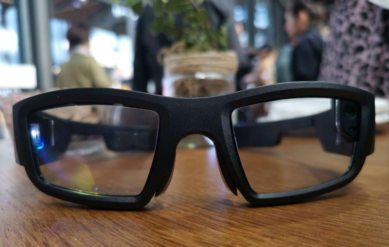 Illustration for article titled Probamos las Vuzix Blade: las gafas de realidad aumentada que puedes sacar a la calle sin pasar vergüenza