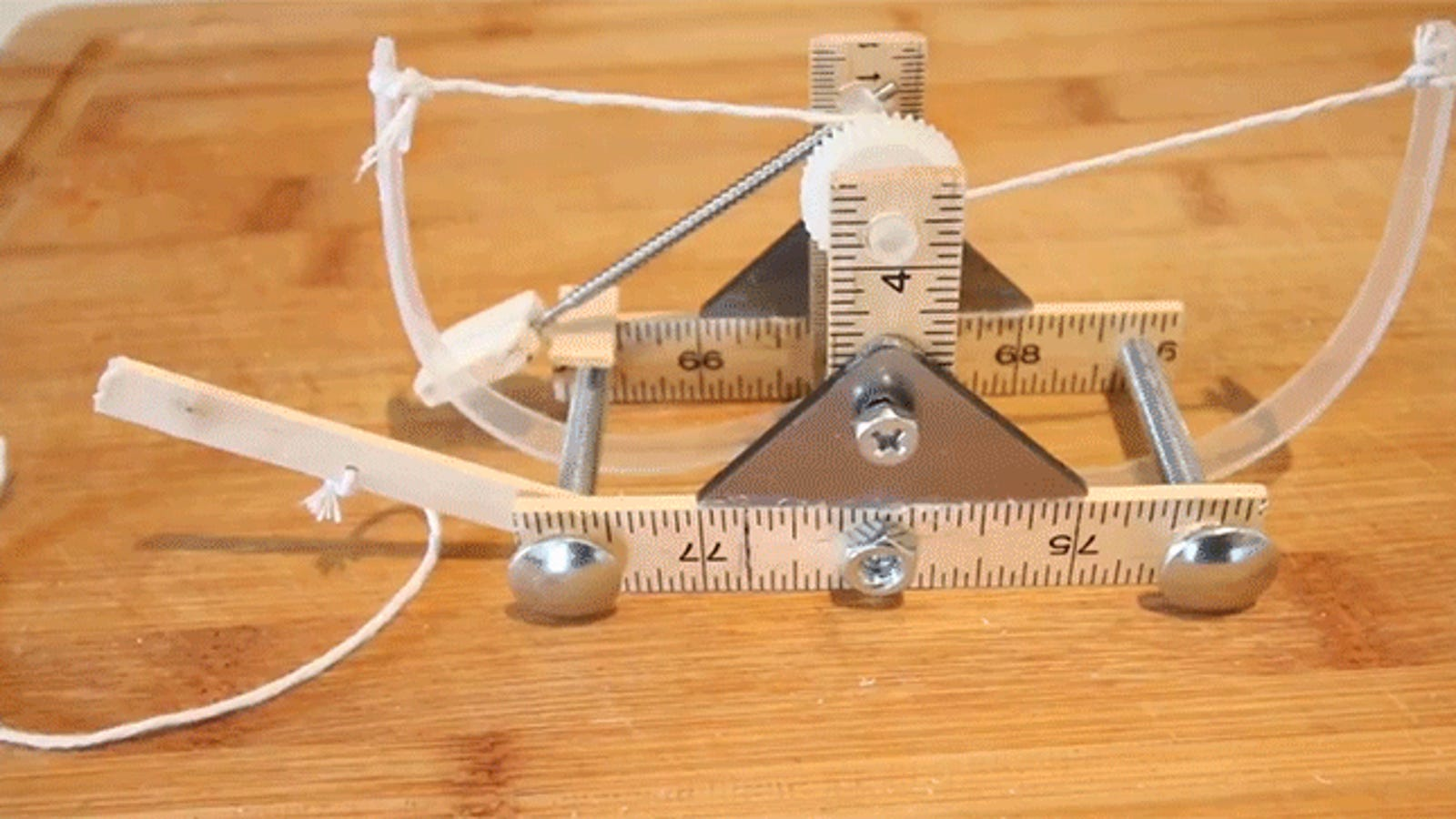 How to Build a Mini Catapult Straight From the Mind of Leonardo da Vinci