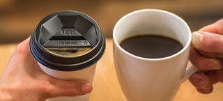 Illustration for article titled Someone Finally Designed a Better Disposable Coffee Cup Lid