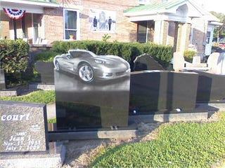 Illustration for article titled Corvette Headstone