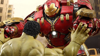 Illustration for article titled The Hot Toys Hulkbuster Is Here To Bust Hulks, Your Wallet