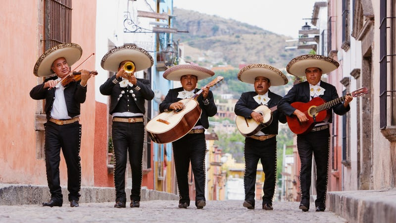 Illustration for article titled Crowd-funded taco/mariachi fiesta headed to offices of racist-ranting lawyer